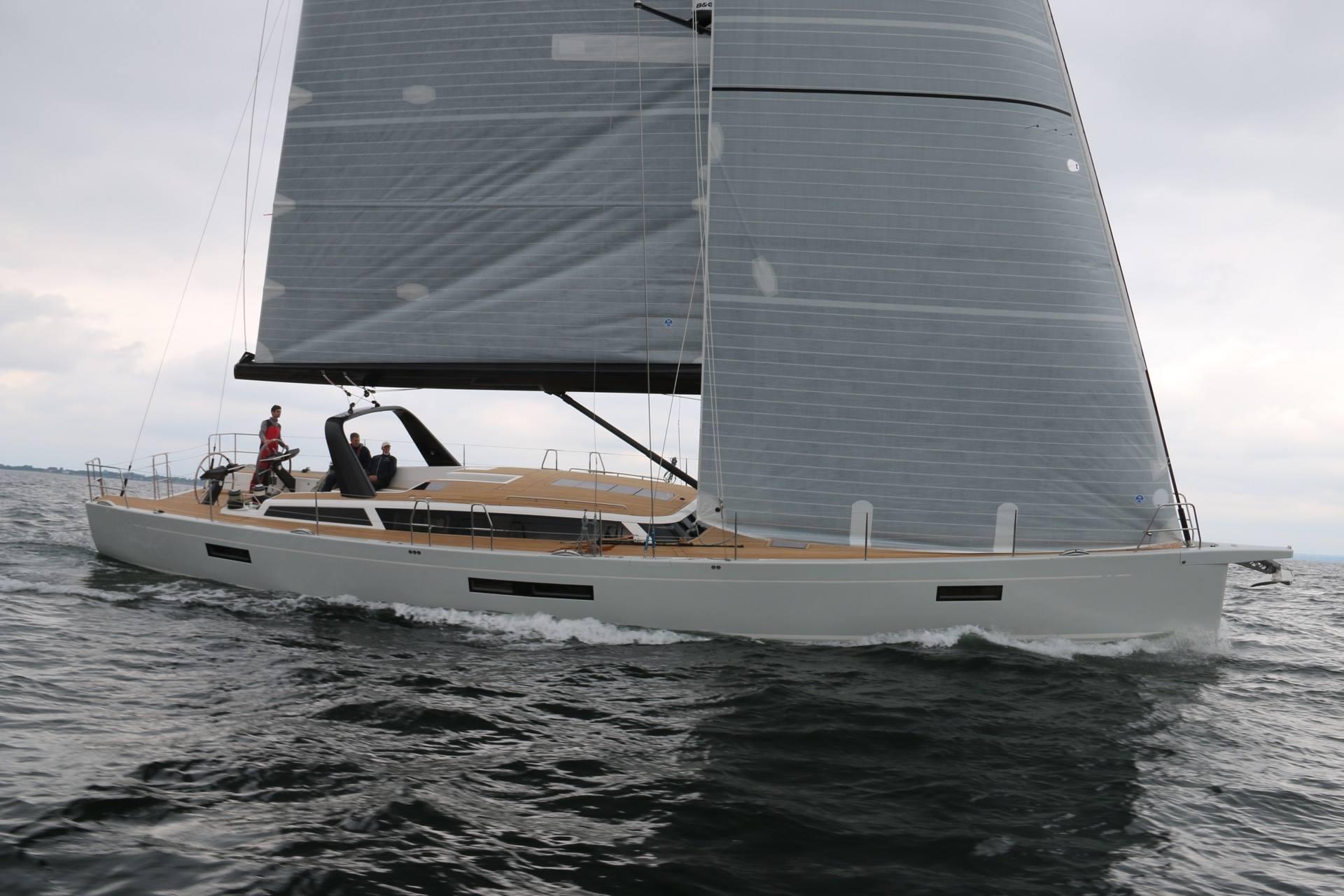X-Yachts-X6-01