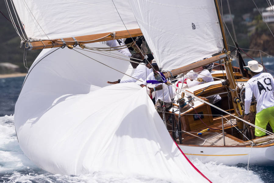 Antigua Classic Yacht Regatta 2015 01.jpg