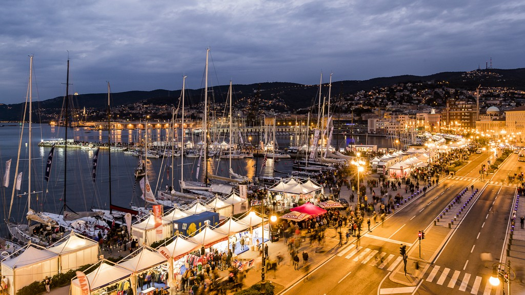 Barcolana By Night Jotun Cup 2016 01