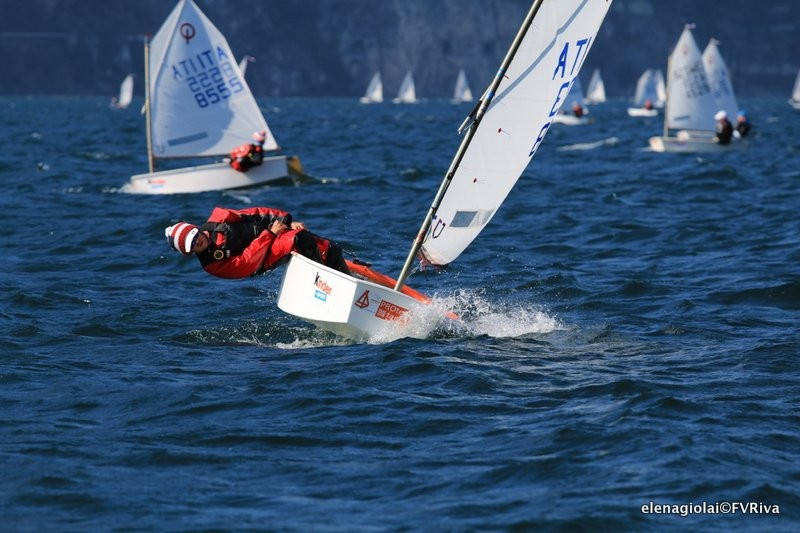 Meeting del Garda Optimist 2016 day 1 01