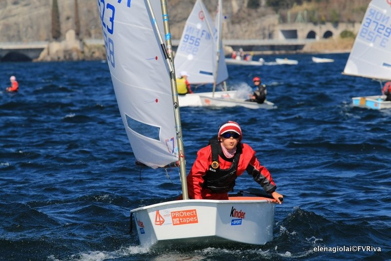 Meeting del Garda Optimist 2016 day 2 01