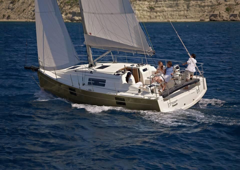 Sirena Marine Azuree 33 04
