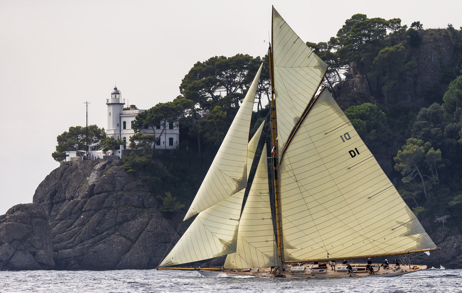 MARISKA, Sail n: D1, Owner: Christian Niels, Boat Type: 15 Metre