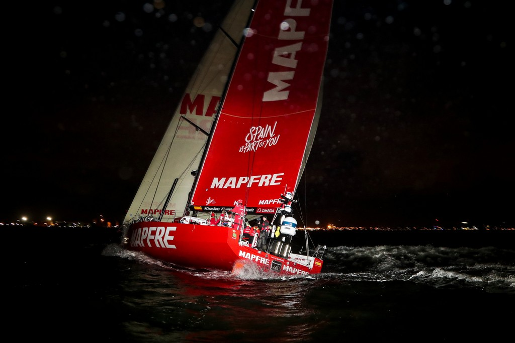 Leg 3, Cape Town to Melbourne, arrivals. Photo by Jesus Renedo/Volvo Ocean Race. 24 December, 2017.