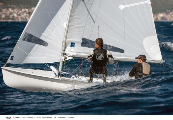 Il 470 di Simon Sivitz Kosuta e Jas Farneti (foto Fabio Taccola)
