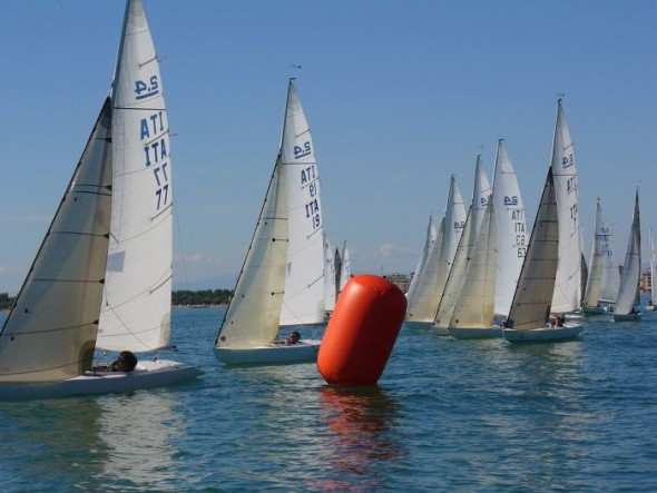 2.4 in regata