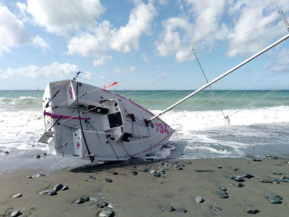 Francesca Komatar spiaggiata 222 MINISOLO